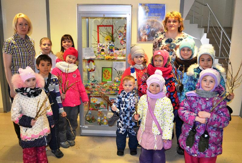 Вербный базар в Музейном центре «Наследие Чукотки». Выставка поделок воспитанников Воскресной школы