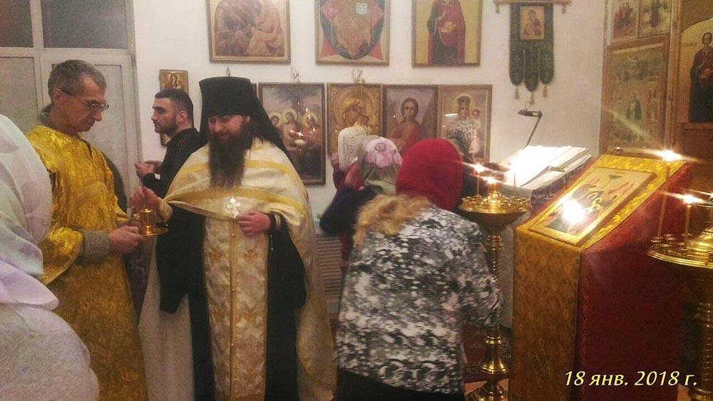 Храм свт. Николая Чудотворца пос. Беринговский