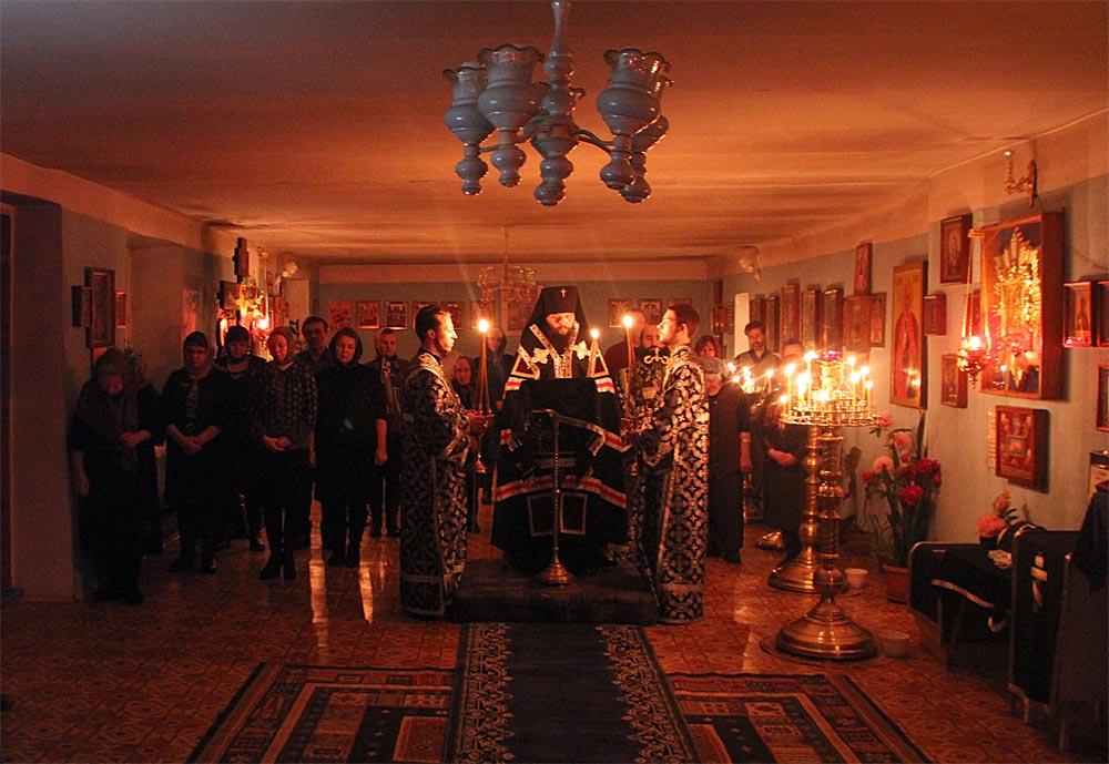 Храм Почаевской иконы Божией Матери, пос. Угольные Копи